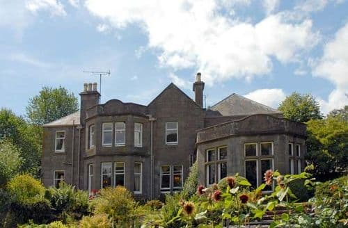 Last Minute Cottages - Gorgeous Forfar House S5283