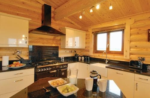 Last Minute Cottages - Charming Laxfield Lodge S106456
