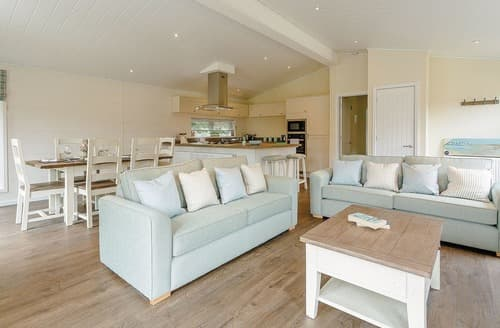 Last Minute Cottages - Superb Westbury Lodge S108458