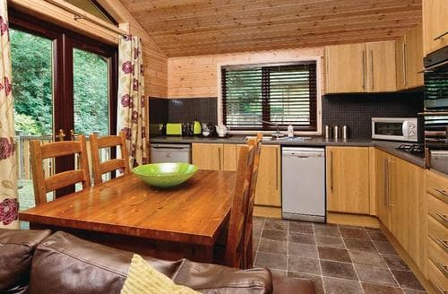 Last Minute Cottages - Luxury Lodge 4