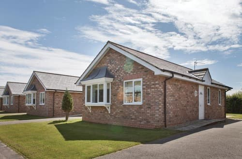 Last Minute Cottages - Wonderful Bridlington Lodge S108104