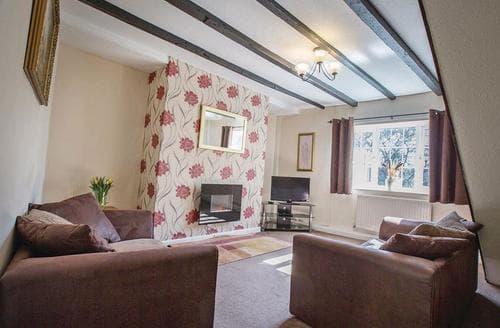 Last Minute Cottages - Quaint Hunmanby Lodge S110316