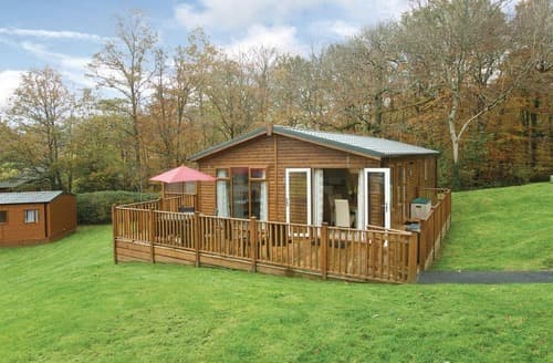 Last Minute Cottages - Tasteful Chudleigh Lodge S114344