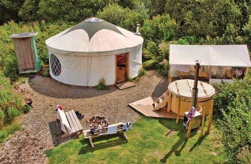 Last Minute Cottages - Florence Spring Yurt