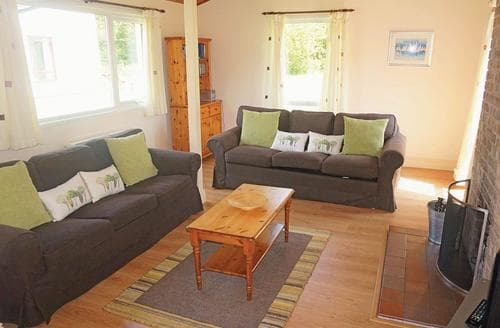 Last Minute Cottages - Inviting Notter Bridge Lodge S106982