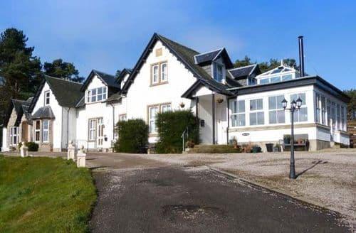 Last Minute Cottages - Wonderful  Apartment S45405