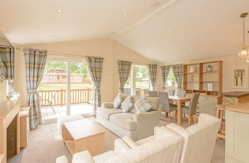 Last Minute Cottages - Charming Bala Lodge S125175