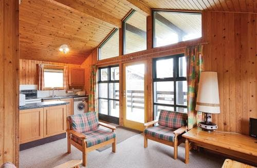 Last Minute Cottages - Captivating Lochearnhead Lodge S109387
