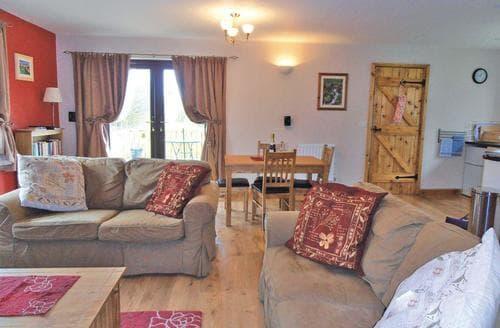 Last Minute Cottages - Excellent Bleddfa Lodge S111958