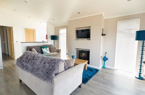 Last Minute Cottages - Gwelfor Lodge