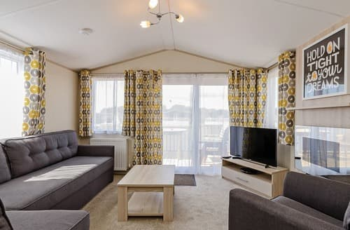 Last Minute Cottages - Inviting Sherwood Forest Lodge S139925