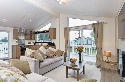 Last Minute Cottages - Browston Lodge