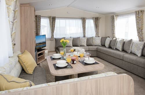 Last Minute Cottages - Exquisite Cresswell Beach Lodge S162472