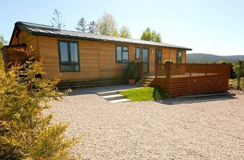 Last Minute Cottages - Adorable Castlewood Lodge S162464