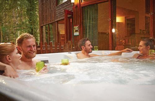 Last Minute Cottages - Luxury Callander Lodge S162574