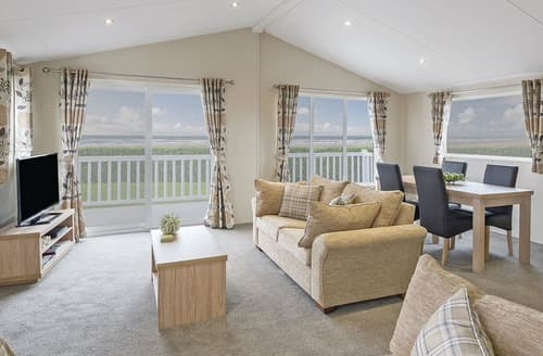 Last Minute Cottages - Beautiful Wemyss Bay Lodge S108100