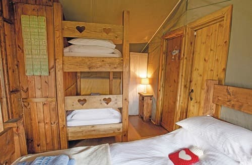 Last Minute Cottages - Beautiful Belton Lodge S123742