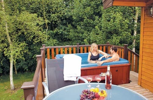 Last Minute Cottages - Kedleston Elite 2 Spa