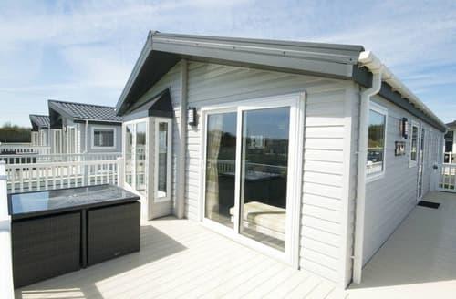 Last Minute Cottages - Platinum Lodge 2