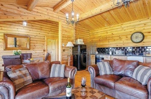 Last Minute Cottages - Captivating Constable Burton Lodge S112498