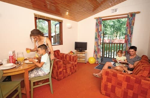 Last Minute Cottages - Adorable Warmwell Lodge S111262