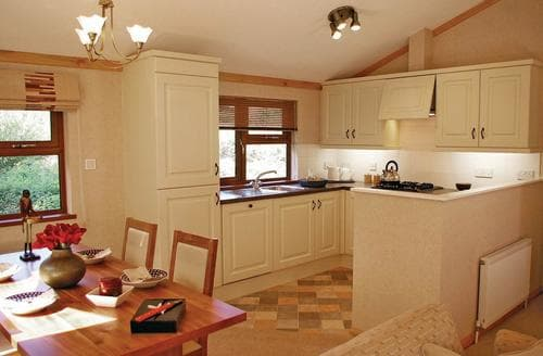 Last Minute Cottages - Ashbourne Lodge 2