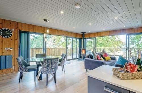 Last Minute Cottages - Luxury Henlle Lodge S122504