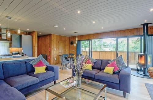 Last Minute Cottages - Superb Henlle Lodge S122505