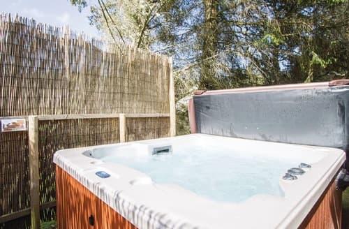 Last Minute Cottages - Luxury Whitebridge Lodge S111583