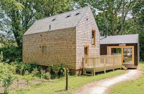 Last Minute Cottages - Forest Lodge 3
