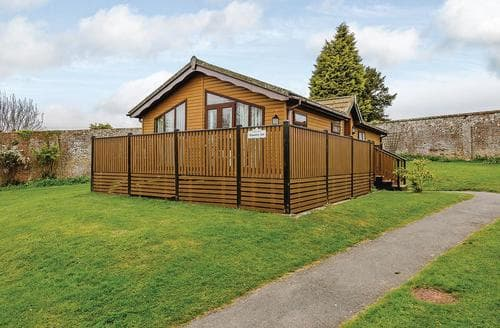 Last Minute Cottages - Attractive Battle Lodge S110166