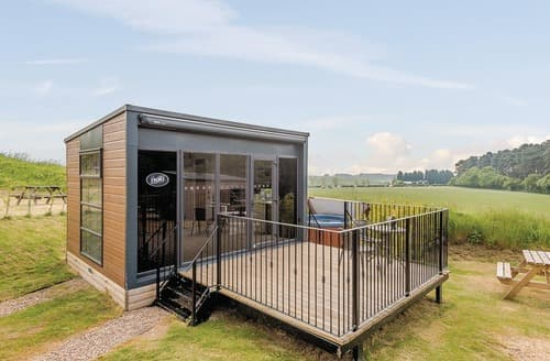 Last Minute Cottages - Lakeview Pod Vip
