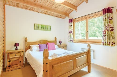 Last Minute Cottages - Kenwick Cedar Lodge