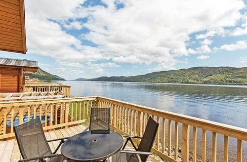 Last Minute Cottages - Cosy Invermoriston Lodge S107510