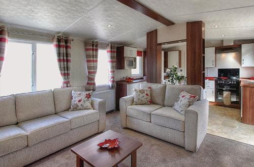 Last Minute Cottages - Inviting Invermoriston Lodge S108725