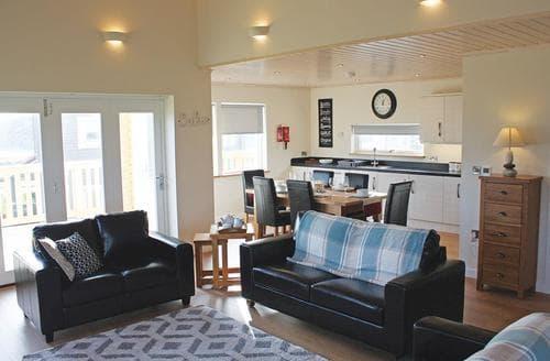 Last Minute Cottages - Fairway  Lodge 38