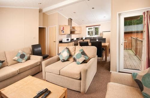 Last Minute Cottages - SI 3 Bed Gold Lodge