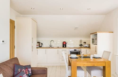 Last Minute Cottages - Attractive Hele Bay Lodge S120946
