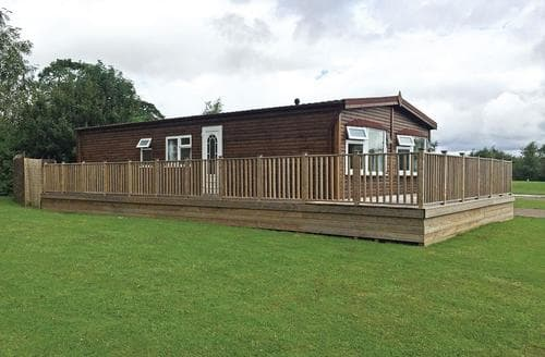 Last Minute Cottages - Classic Spa Lodges