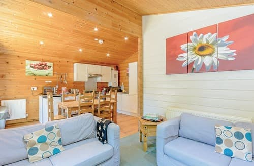 Last Minute Cottages - Superb Sherwood Forest Lodge S111729