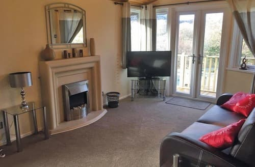 Last Minute Cottages - Attractive Bethesda Lodge S109026