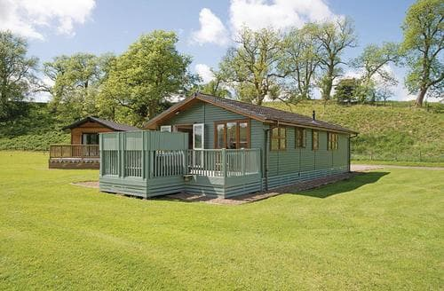 Last Minute Cottages - Luxury Whitfield Lodge S111898