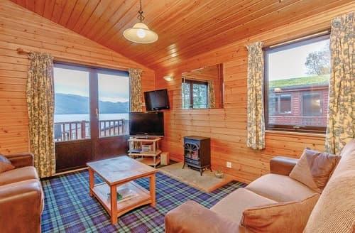 Last Minute Cottages - Lovely Inveruglas Lodge S106825
