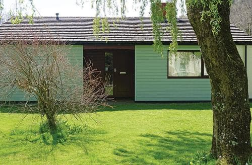 Last Minute Cottages - Stunning Notter Bridge Lodge S110772