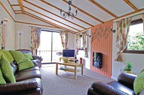 Big Cottages - Adorable Newby Bridge Lodge S106197
