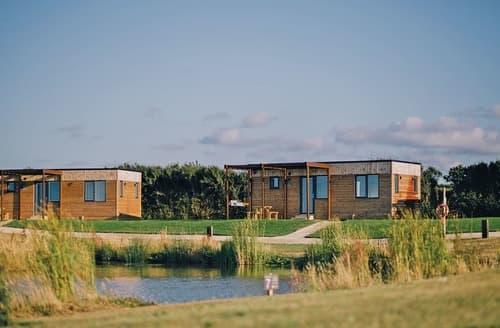 Last Minute Cottages - Excellent Tregea Hill Lodge S113627