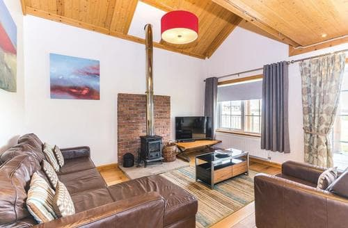 Last Minute Cottages - Dovetail Lodge