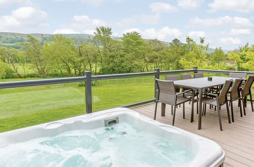 Last Minute Cottages - Lovely Aysgarth Lodge S108980