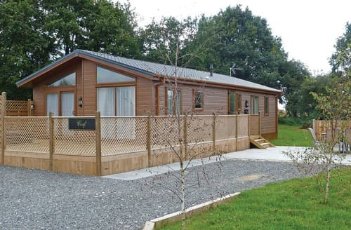 Last Minute Cottages - Cosy Swadlincote Lodge S107980