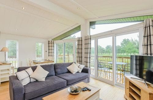Last Minute Cottages - Muirfield